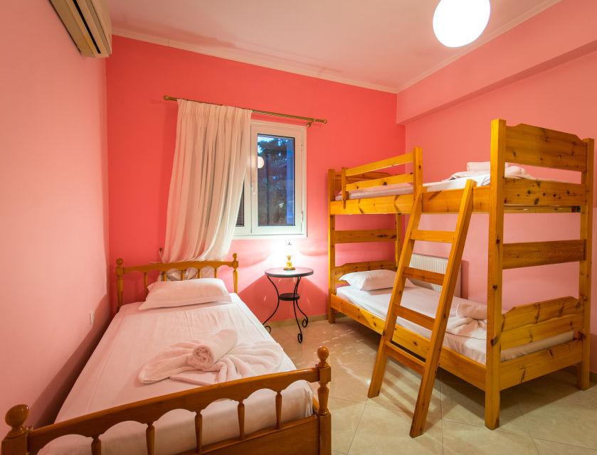23-bedroom 4
